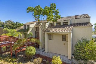 Photo 3: MOUNT HELIX House for sale : 4 bedrooms : 9883 Grandview Drive in La Mesa
