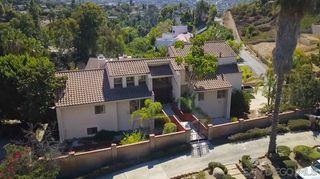 Photo 1: MOUNT HELIX House for sale : 4 bedrooms : 9883 Grandview Drive in La Mesa