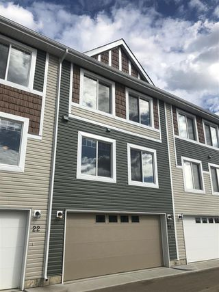 Photo 1: 21 2922 MAPLE Way NW in Edmonton: Zone 30 Townhouse for sale : MLS®# E4161239
