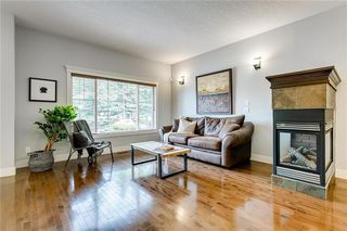 Photo 5: 1 2415 28 Street SW in Calgary: Killarney/Glengarry Row/Townhouse for sale : MLS®# C4254500