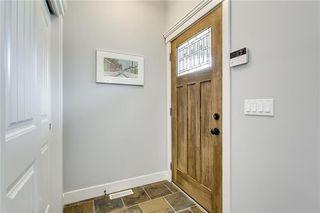 Photo 3: 1 2415 28 Street SW in Calgary: Killarney/Glengarry Row/Townhouse for sale : MLS®# C4254500
