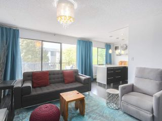 "Photo 3: 404 466 E EIGHTH Avenue in New Westminster: Sapperton Condo for sale in ""PARK VILLA"" : MLS®# R2385539"
