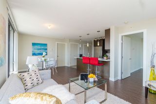 """Photo 12: 1206 7325 ARCOLA Street in Burnaby: Highgate Condo for sale in """"ESPRIT II BY BOSA"""" (Burnaby South)  : MLS®# R2386477"""