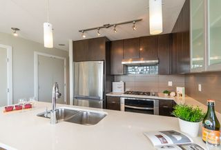 """Photo 5: 1206 7325 ARCOLA Street in Burnaby: Highgate Condo for sale in """"ESPRIT II BY BOSA"""" (Burnaby South)  : MLS®# R2386477"""