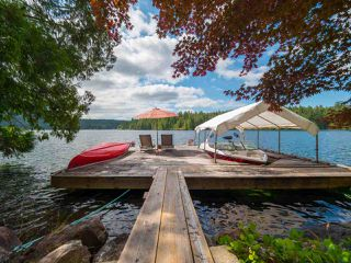 "Photo 8: 10 15200 HALLOWELL Road in Pender Harbour: Pender Harbour Egmont House for sale in ""Sakinaw Lake"" (Sunshine Coast)  : MLS®# R2386865"