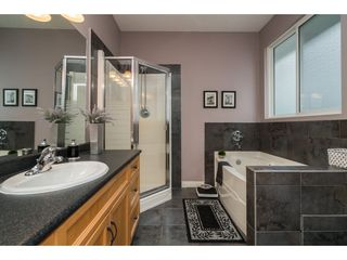 Photo 13: 33577 12TH Avenue in Mission: Mission BC House for sale : MLS®# R2391927