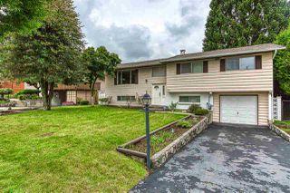 "Photo 2: 11015 SWAN Crescent in Surrey: Bolivar Heights House for sale in ""Birdland Meadows"" (North Surrey)  : MLS®# R2405174"