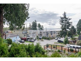 Photo 2: 849 PARKER ST: White Rock House for sale (South Surrey White Rock)  : MLS®# F1436997