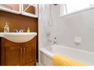 Photo 14: 849 PARKER ST: White Rock House for sale (South Surrey White Rock)  : MLS®# F1436997