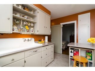 Photo 9: 849 PARKER ST: White Rock House for sale (South Surrey White Rock)  : MLS®# F1436997