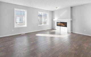 Photo 2: 45 2905 141 Street in Edmonton: Zone 55 Townhouse for sale : MLS®# E4180488