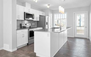 Photo 1: 45 2905 141 Street in Edmonton: Zone 55 Townhouse for sale : MLS®# E4180488
