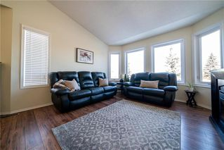 Photo 4: 68 Marygrove Crescent | Whyte Ridge Winnipeg