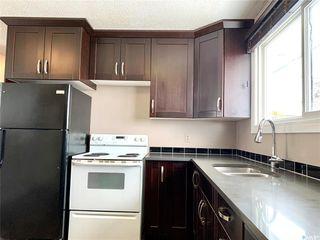Photo 3: 129 Rita Crescent in Saskatoon: Sutherland Residential for sale : MLS®# SK804601