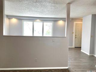 Photo 11: 129 Rita Crescent in Saskatoon: Sutherland Residential for sale : MLS®# SK804601