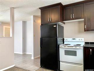 Photo 4: 129 Rita Crescent in Saskatoon: Sutherland Residential for sale : MLS®# SK804601