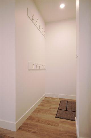 Photo 6: 9323 93 Street NW in Edmonton: Zone 18 House Triplex for sale : MLS®# E4202540