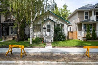 Photo 3: 9838 85 Avenue in Edmonton: Zone 15 House for sale : MLS®# E4209994