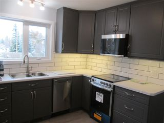 Photo 2: 50 SASKATCHEWAN Avenue: Devon House for sale : MLS®# E4218285