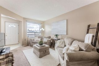 Photo 6: 61 Sandpiper Lane NW in Calgary: Sandstone Valley Row/Townhouse for sale : MLS®# A1054880