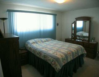 Photo 5:  in CALGARY: Huntington Hills Residential Detached Single Family for sale (Calgary)  : MLS®# C3113649