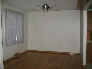 Photo 3: 412 Conway Street in WINNIPEG: St James Single Family Detached for sale (West Winnipeg)  : MLS®# 1224216