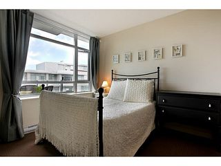 Photo 6: # 707 2228 W BROADWAY ST in Vancouver: Kitsilano Condo for sale (Vancouver West)  : MLS®# V1016637