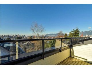 "Photo 15: 1808 E PENDER Street in Vancouver: Hastings Townhouse for sale in ""AZALEA HOMES"" (Vancouver East)  : MLS®# V1051679"