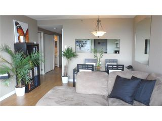 "Photo 4: 710 460 WESTVIEW Street in Coquitlam: Coquitlam West Condo for sale in ""PACIFIC HOUSE"" : MLS®# V1052625"