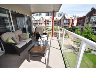 "Photo 20: 309 1230 QUAYSIDE Drive in New Westminster: Quay Condo for sale in ""TIFFANY SHORES"" : MLS®# V1063010"