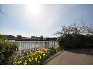 "Photo 16: 309 1230 QUAYSIDE Drive in New Westminster: Quay Condo for sale in ""TIFFANY SHORES"" : MLS®# V1063010"