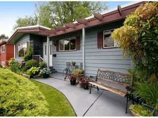 Photo 2: 2179 BROADWAY Street in Abbotsford: Abbotsford West House for sale : MLS®# F1412741