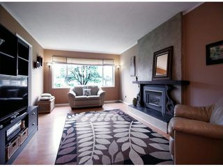 Photo 4: 2179 BROADWAY Street in Abbotsford: Abbotsford West House for sale : MLS®# F1412741