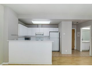 """Photo 7: 1411 989 NELSON Street in Vancouver: Downtown VW Condo for sale in """"Electra"""" (Vancouver West)  : MLS®# V1088736"""