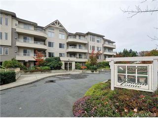 Photo 1: 203 3700 Carey Road in VICTORIA: SW Gateway Condo Apartment for sale (Saanich West)  : MLS®# 344116