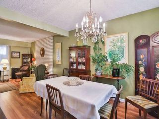 Photo 6: 10940 CONSTABLE Gate in Richmond: Woodwards House for sale : MLS®# V1103611