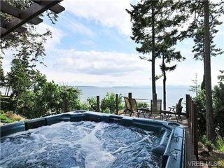 Photo 2: 5255 Parker Avenue in VICTORIA: SE Cordova Bay Single Family Detached for sale (Saanich East)  : MLS®# 346813