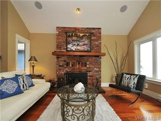 Photo 6: 5255 Parker Avenue in VICTORIA: SE Cordova Bay Single Family Detached for sale (Saanich East)  : MLS®# 346813