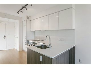 """Photo 7: 2805 1308 HORNBY Street in Vancouver: Downtown VW Condo for sale in """"SALT BY CONCERT"""" (Vancouver West)  : MLS®# V1114696"""