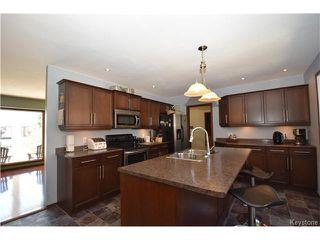 Photo 3: 33 Merriwood Avenue in WINNIPEG: West Kildonan / Garden City Residential for sale (North West Winnipeg)  : MLS®# 1509492