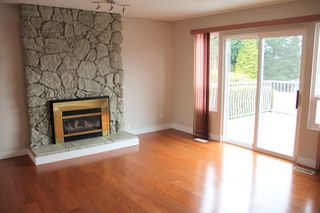 Photo 8: 3221 Mariner Way in Coquitlam: Home for sale