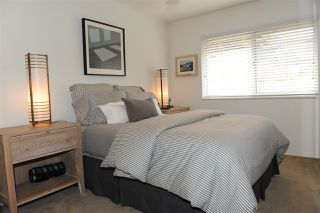 Photo 11: SAN DIEGO Condo for sale : 2 bedrooms : 4412 Collwood Ln
