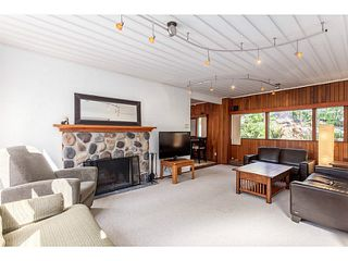 Photo 2: 1191 WELLINGTON Drive in North Vancouver: Lynn Valley House for sale : MLS®# V1138202
