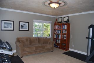 Photo 13: OCEANSIDE House for sale : 4 bedrooms : 1079 Greenway Rd