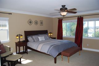 Photo 10: OCEANSIDE House for sale : 4 bedrooms : 1079 Greenway Rd