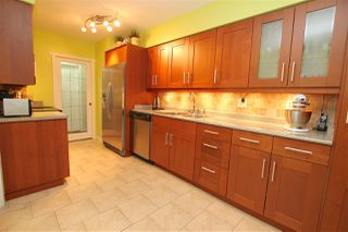 Photo 6: 5128 FULWELL Street in Burnaby: Greentree Village House for sale (Burnaby South)  : MLS®# R2028492