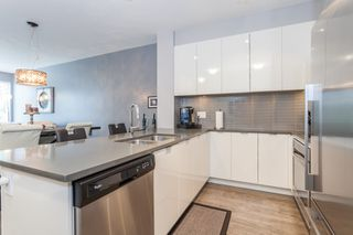 "Photo 9: 203 2665 MOUNTAIN Highway in Vancouver: Lynn Valley Condo for sale in ""CANYON SPRINGS"" (North Vancouver)  : MLS®# R2085082"