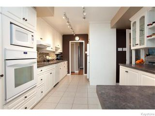 Photo 5: 55 Lawndale Avenue in Winnipeg: Norwood Flats Residential for sale (2B)  : MLS®# 1627193