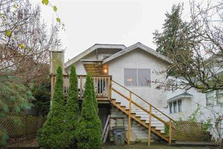 "Photo 17: 2063 NAPIER Street in Vancouver: Grandview VE House for sale in ""Commercial Drive"" (Vancouver East)  : MLS®# R2124487"