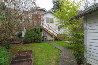 "Photo 16: 2063 NAPIER Street in Vancouver: Grandview VE House for sale in ""Commercial Drive"" (Vancouver East)  : MLS®# R2124487"